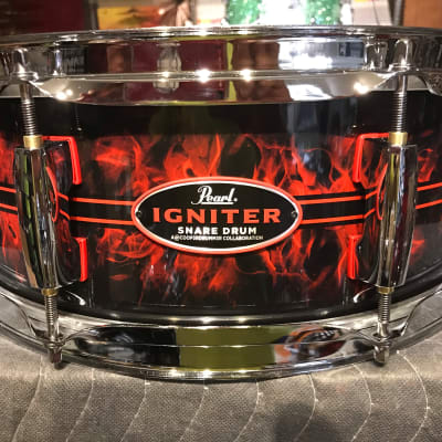 Pearl Casey Cooper Igniter 2019 Custom Flames w/Red pinstripes