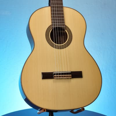 J. Navarro NC-40 Natural Classical Guitar for sale