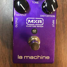 MXR CSP203 la machine fuzz effects pedal