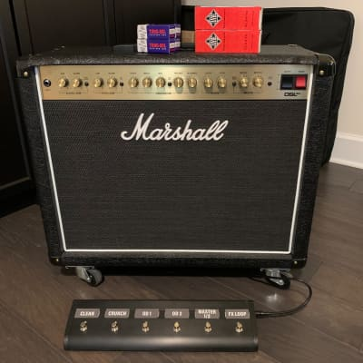 Marshall DSL40CR with 6-button footswitch and Tung-sol/Telefunken tubes