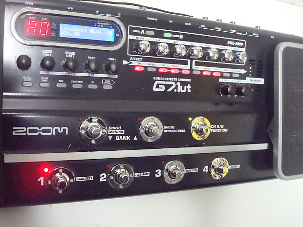 Zoom G7 1ut Tube Guitar Effects Pedal Console | CAPO Corp