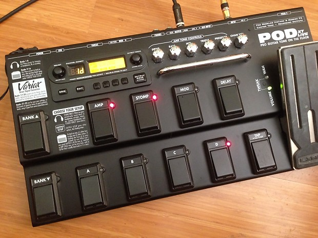 Line 6 POD XT Live w/ Power Supply/Manual
