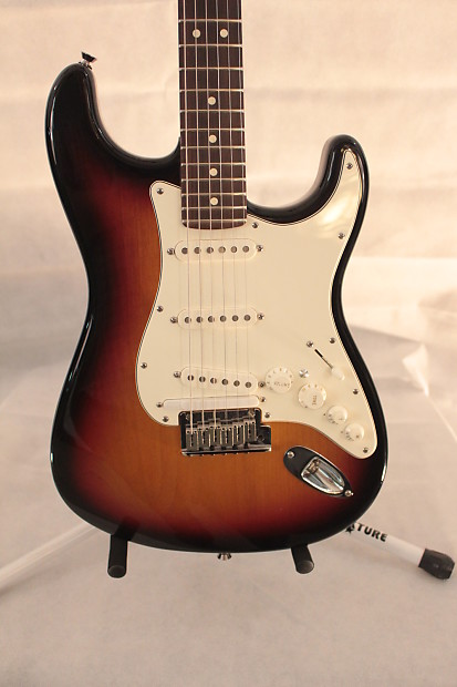 used fender usa roland vg strat 2007 sunburst not mexican reverb. Black Bedroom Furniture Sets. Home Design Ideas