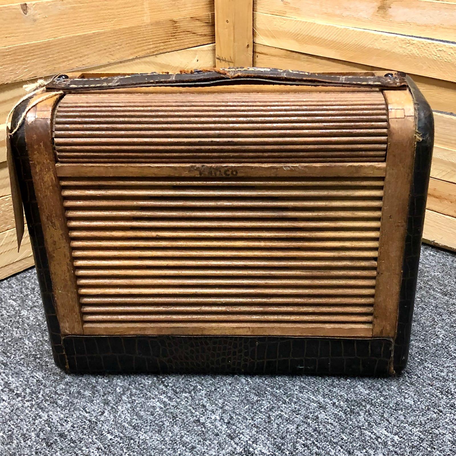Rick Crownover Mini Guitar Amp using vintage Philco Radio box