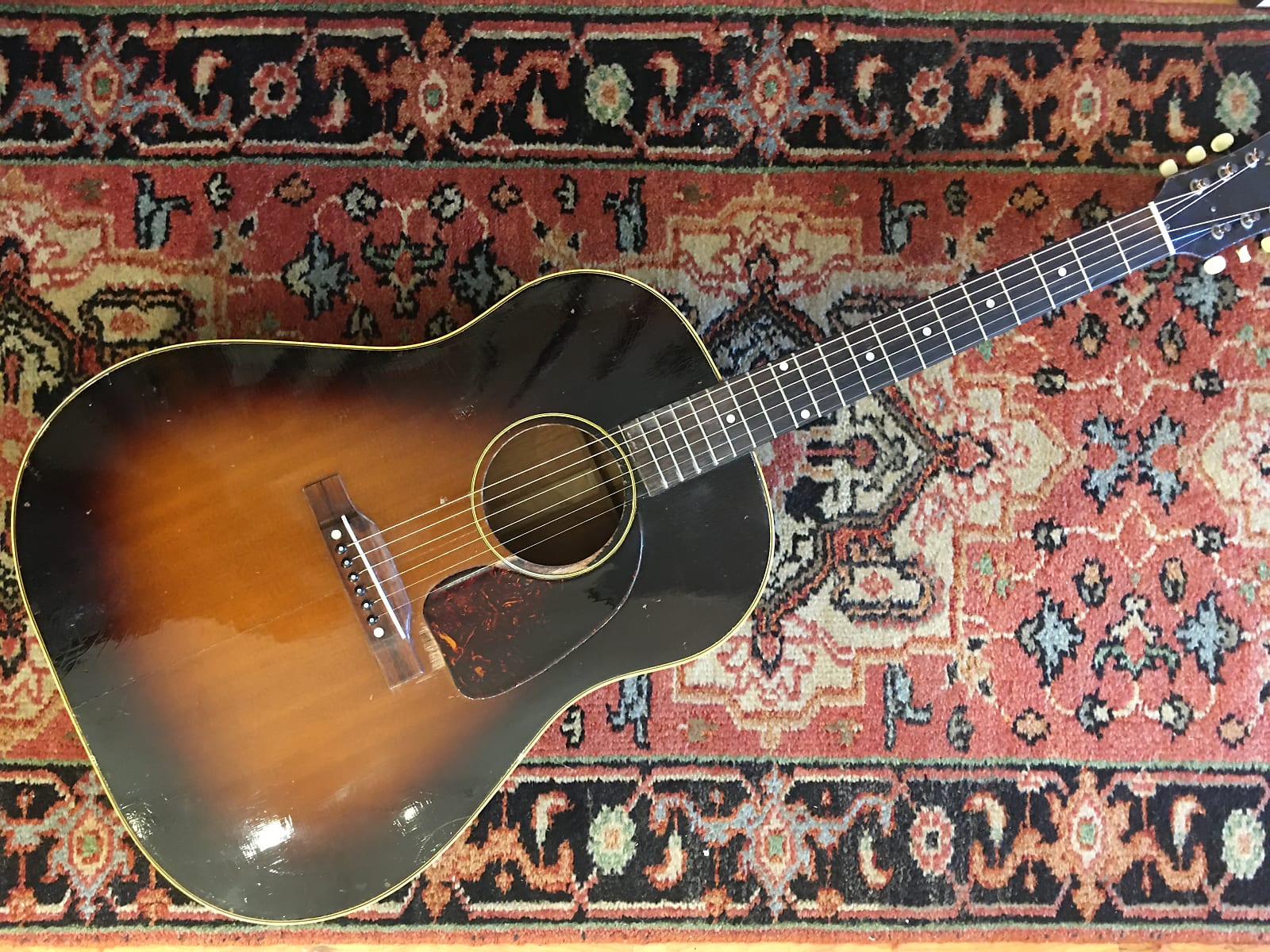 Gibson J-45 1954 Sunburst (Big Tone!)