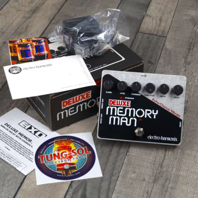 Electro Harmonix Deluxe Memory Man Analog Delay, Chorus, Vibrato for sale
