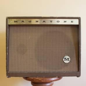 """Magnatone Student Model 118 5-Watt 1x12"""" Guitar Combo with 3"""" Tweeter"""