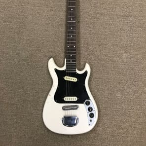 CMI E-200 Electric Guitar for sale