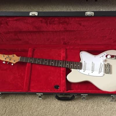 Ibanez TM1730-VWH Talman Prestige Series SSS Electric Guitar w/ Tremolo Vintage White w