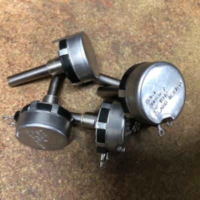 500k Log pots for volume pedals