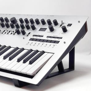 3DWaves Stands For The Korg Minilogue Polyphonic Analog Synthesizer