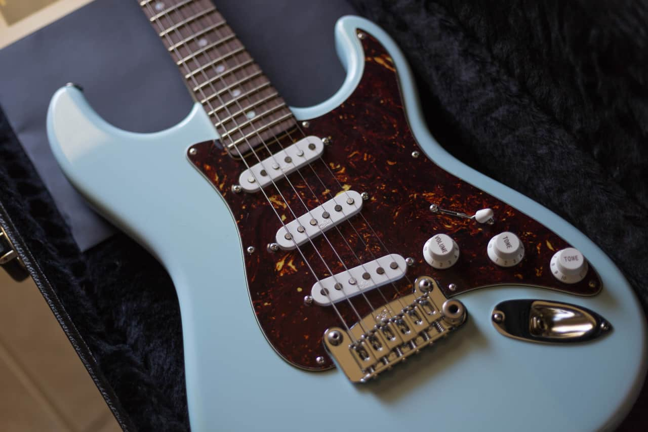 g l legacy usa in sonic blue with tortoiseshell pickguard reverb. Black Bedroom Furniture Sets. Home Design Ideas