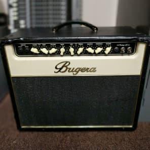 "Bugera V22 Vintage 22 2-Channel 22-Watt 1x12"" Guitar Combo"