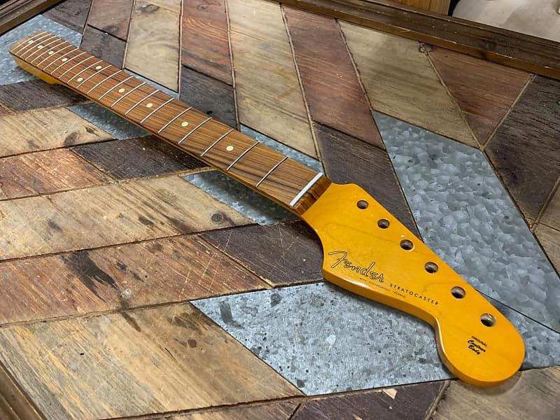 Fender Neck 60/'s Classic Lacquer Nitro Strat Pau Ferro C Shape  0992213921