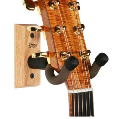 String Swing Guitar Wall Hanger Oak Base CC01K