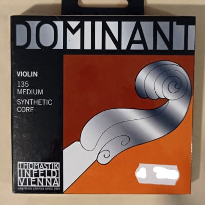 Thomastik-Infeld 135 Dominant 4/4 Violin String Set - Medium
