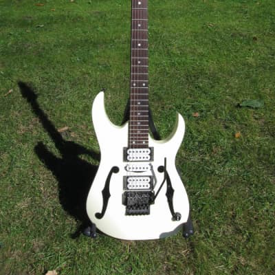 Ibanez PGM 30 aged white for sale