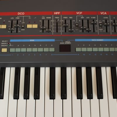 Roland Juno 106s *GREAT CONDITION AND WORKING ORDER*