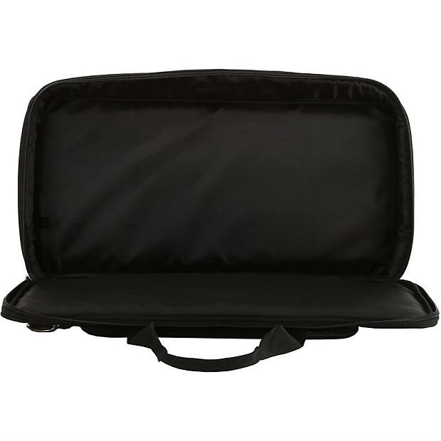 line 6 pod hd500 guitar amp modeler effects pedal carry bag reverb. Black Bedroom Furniture Sets. Home Design Ideas