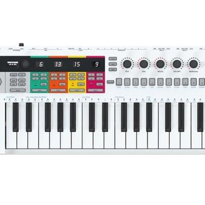 Arturia Keystep Pro  - MIDI Controller