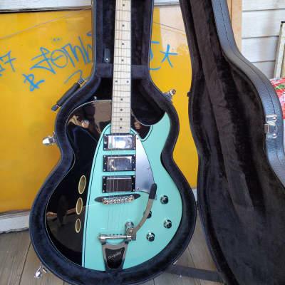 Backlund Rockerbox DLX with Bigsby, Maple Fretboard 2010s Black/Mint for sale