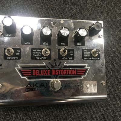 Used AKAI DELUXE DISTORTION for sale