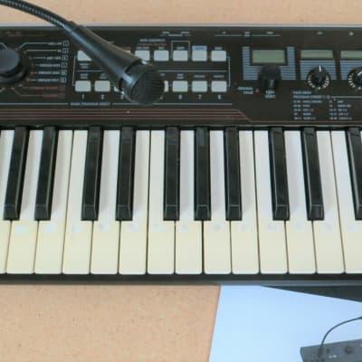 Korg R3 Synthesizer Keyboard R-3 w/ Vodoer MIC (vintage analog style synth)