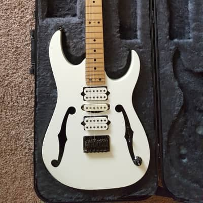 Ibanez PGM301 2003 White for sale
