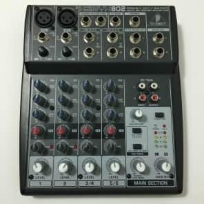 Behringer 802 8-Input 2-Bus Mixer XENYX EQ