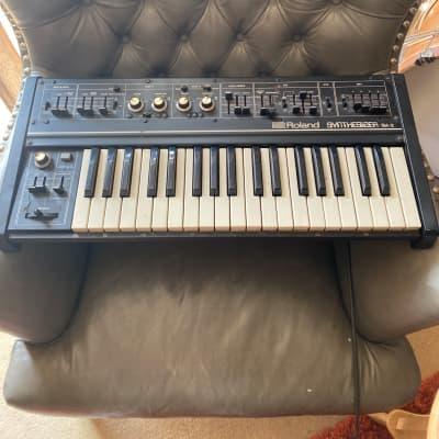 Roland SH-2 37-Key Synthesizer