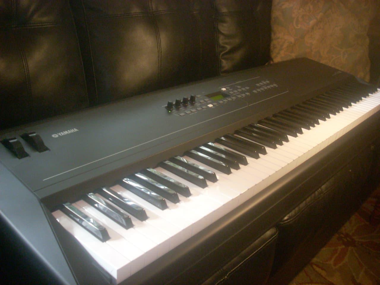 Yamaha kx8 88 key keyboard midi controller reverb for Yamaha digital piano controller