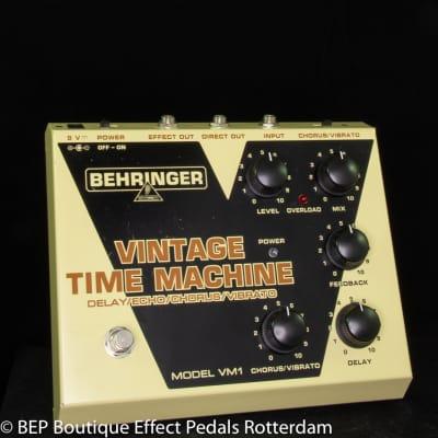 Behringer VM-1 Vintage Time Machine Delay Echo Chorus Vibrato s/n S1101636520