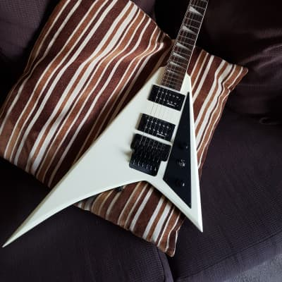 Jackson JS32 Randy Rhoads Ivory with Padded Gigbag for sale