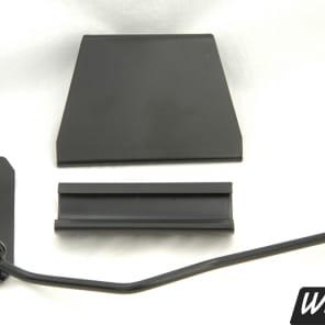 BLACK Accent vibrato for Rickenbacker guitars