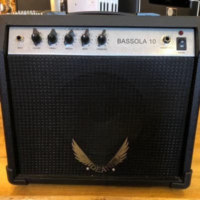 Dean Bassola 10 Practice Amplifier for sale