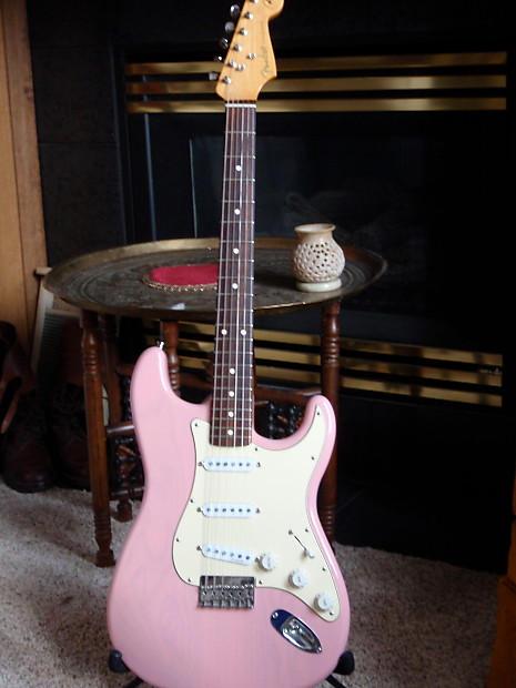 USA Custom Fender Swamp Ash Transparent S Pink Hardtail Body on