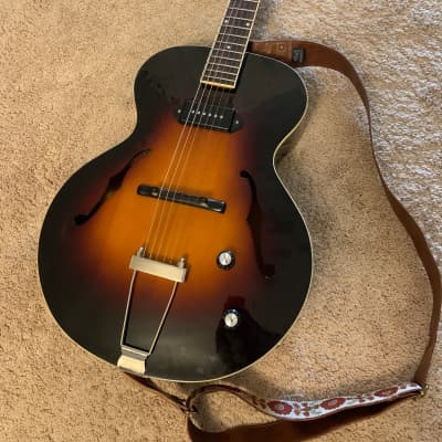 The Loar LH-309 Vintage Sunburst - Lollar P90 for sale