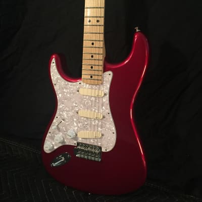 Fender Standard Stratocaster Left-Handed with David Gilmour EMG Pickups for sale