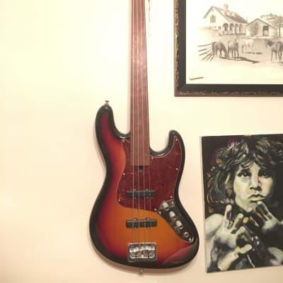Fretless Modulus VJ Bass 2000s Sunburst for sale