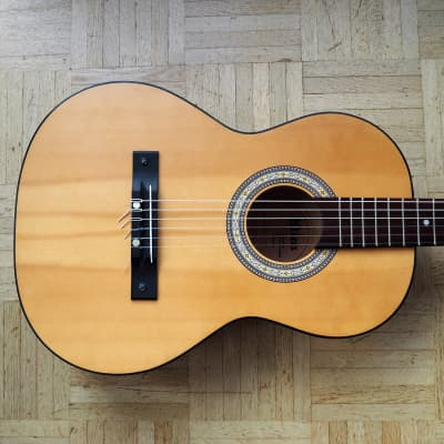 Klira 'Dolly' - 3/4 size parlor/travel nylong string guitar - 1977 made in Germany for sale
