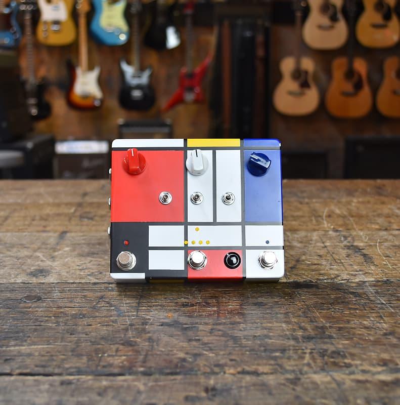 JAM Pedals Pedals Delay Llama Xtreme - Custom hand-painted Mondrian Box