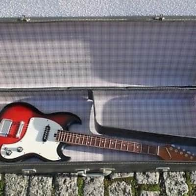 Vintage Japanese Arbiter E250 Kalamazoo KG-1 Copy With Period Correct Hardcase for sale