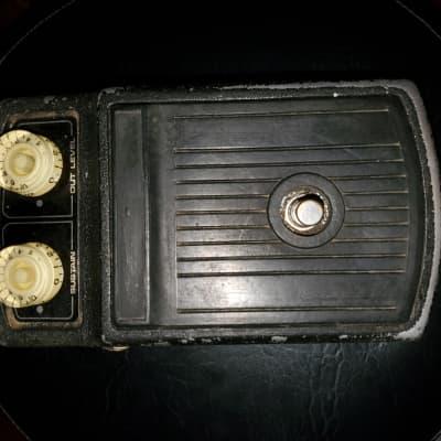 2 - Roland A-S1 70's Sustain Compression Peddle