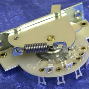 Genuine Fender Pure Vintage Strat CRL 5 Way Pickup Selector Switch 0038929049