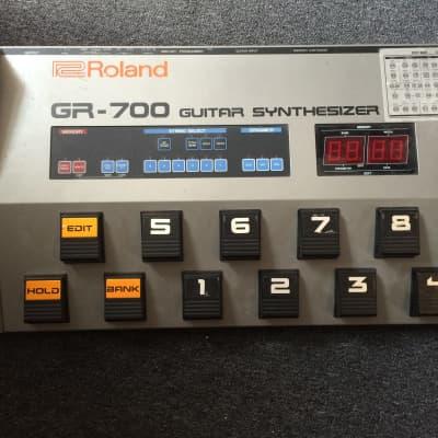 Roland GR-700 gitaar synth - special edition Tim Skold