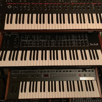 Dave Smith Instruments Prophet Rev2 16-Voice Polysynth