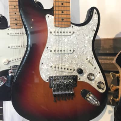 Fender American Deluxe Stratocaster 2001 Electric Guitar with Bag (Pre-Owned) for sale
