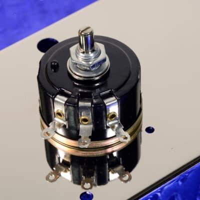 One 100 Ohm 5% Tolerance Linear Taper 5 Watt Wirewound Amplifier Hum Balance  Potentiometer