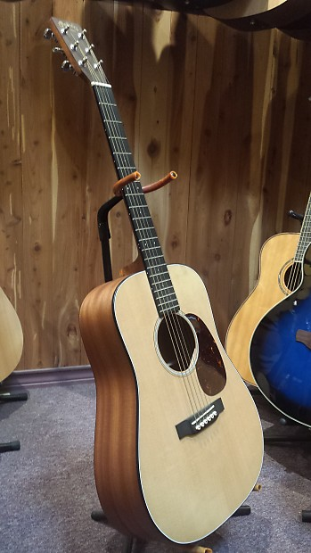 martin djr dreadnought junior acoustic electric guitar with reverb. Black Bedroom Furniture Sets. Home Design Ideas