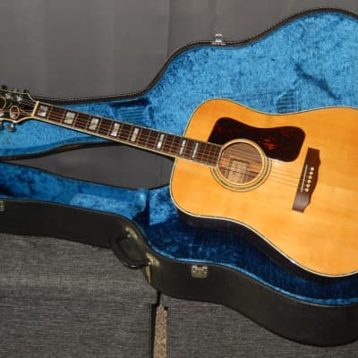 MADE IN 1972 - KISO SUZUKI VIOLIN WH500 - WESTERN STYLE ACOUSTIC CONCERT GUITAR for sale